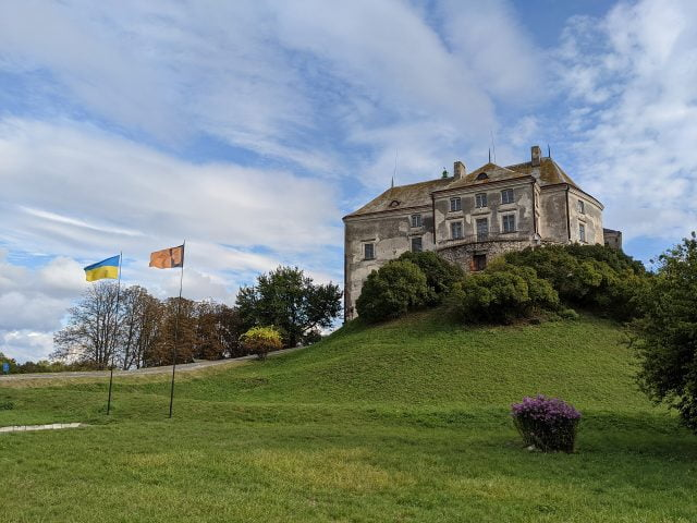 Olekso Castle, Ukraine